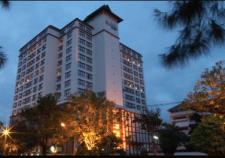 โรงแรมอโมรา