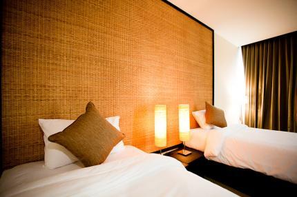 โรงแรม สวูเทล