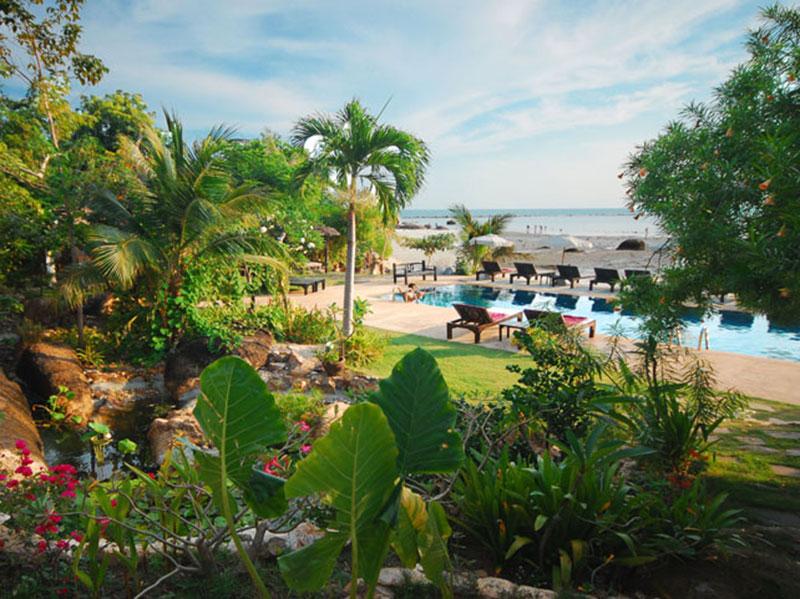 Cinnamon Beach Villa