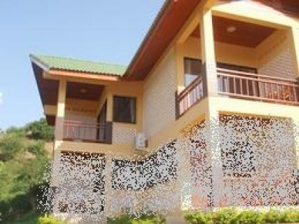 Maesalong Flower Hills Resort