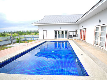 Marya Pool Villa