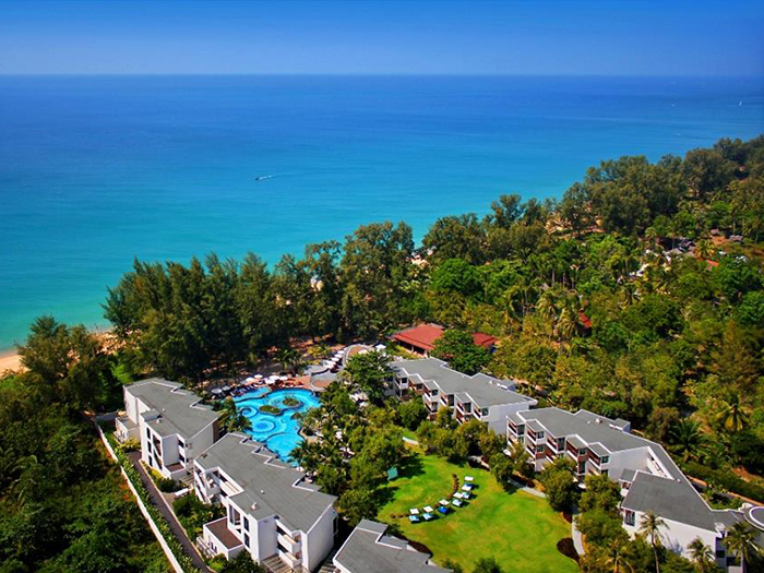 Holiday Inn Mai Khao Beach