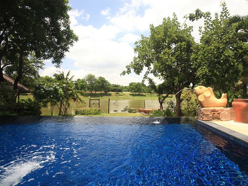 Pasak Hillside Resort