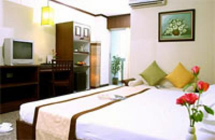 โรงแรม รอยัล เพนนินซูล่า