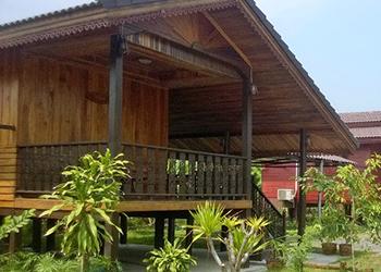 Reuntong Hotel and Resort in Surin