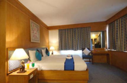 โรงแรมสีลม อเวนิว อินน์