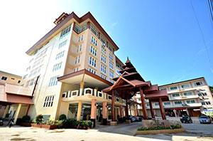 โรงแรม ปิยะพร พาวิลเลี่ยน