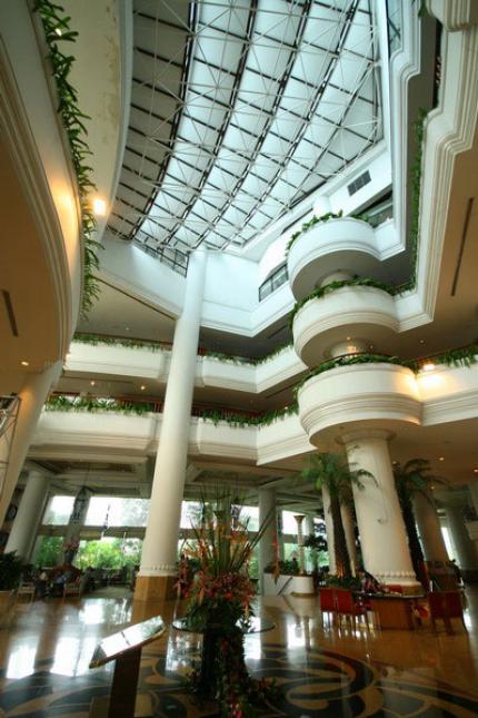 몬티엔 리버사이드 호텔