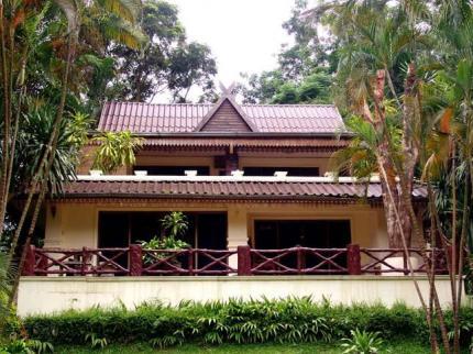 桂河丛林活动度假村胜地