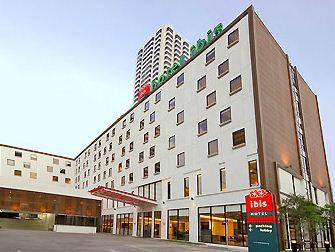 曼谷娜娜宜必思酒店