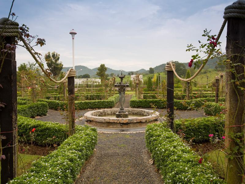 Kensington English Garden