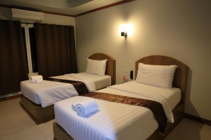 Thada Chateau Hotel