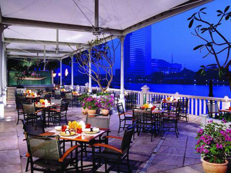 โรงแรม เพนนินซูล่า กรุงเทพ