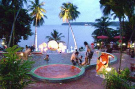 เกาะหมากบุรีฮัทรีสอร์ท
