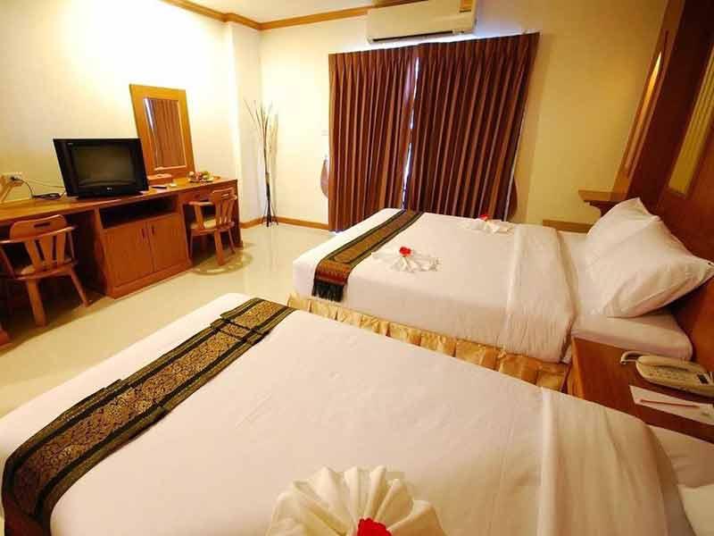 セリプレイスホテル
