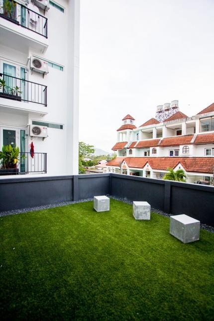 Blu Monkey Phuket Baan Samkong