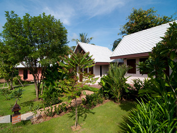 Monn Phu Phrai