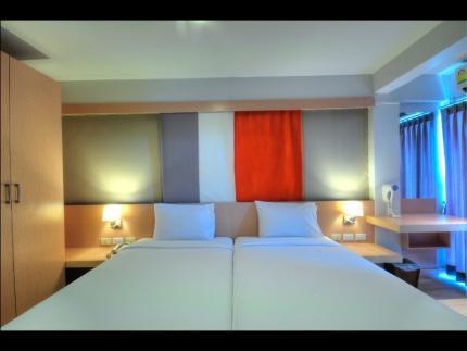 素万那普BS酒店