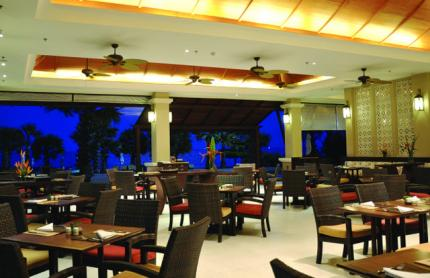 Ravindra Beach Resort & Spa