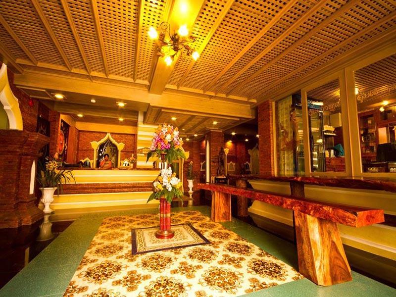 Khum Jao Luang Boutique