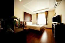 素坤逸2巷艾澈克酒店