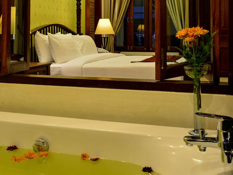Bhu Tarn Koh Chang Resort & Spa