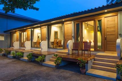 Sichon Cabana Beach Resort