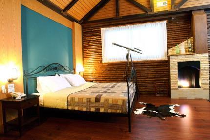 โรงแรมดาราบุรี บูติก โฮเต็ล