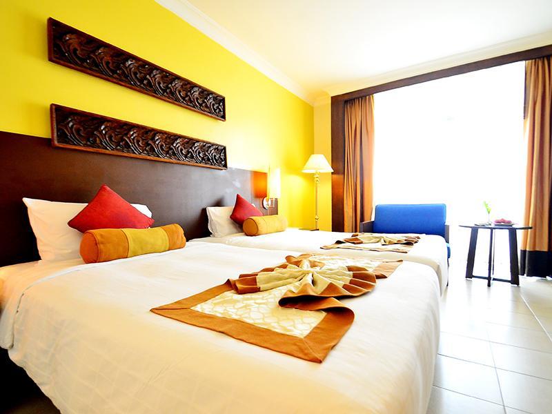 Tinidee Hotel