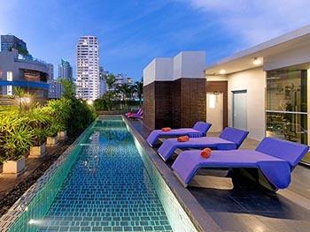 曼谷素坤逸西塔迪内斯11酒店