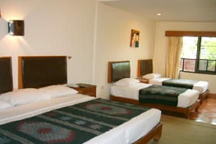 Karinthip Village Hotel