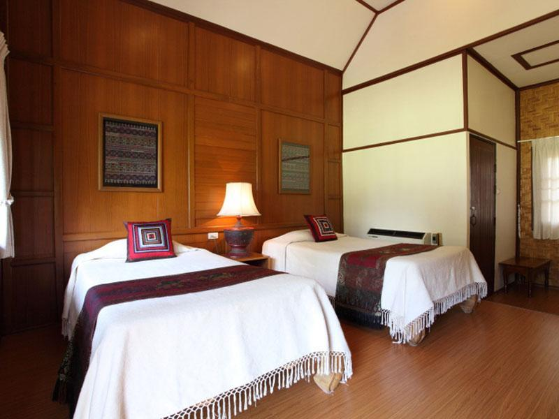 Golden Pai Suite