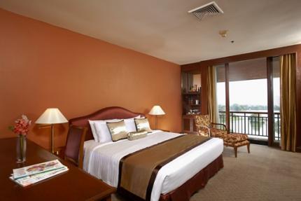 차트 리엄 로얄 레이크 양곤 호텔