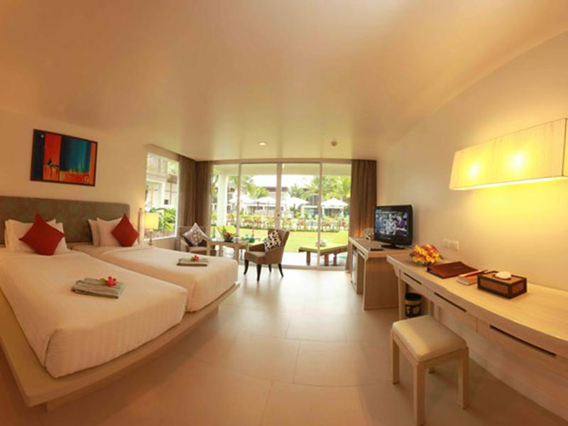The Briza Khaolak Resort