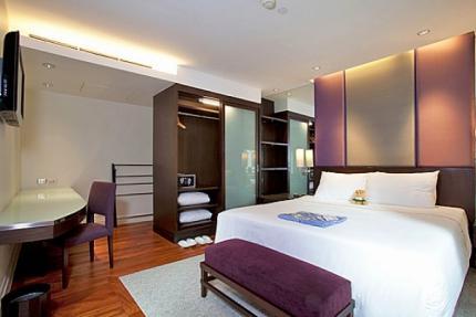 Sala Daeng Deluxe Suite Room 605