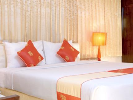โรงแรม เรนฟอเรส บูติค