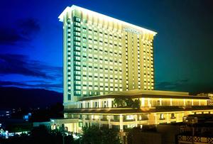 โรงแรมเลอ เมอริเดียน เชียงใหม่