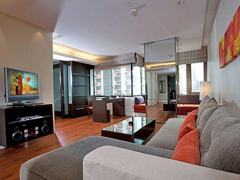 Sala Daeng Designer Suite Room 606