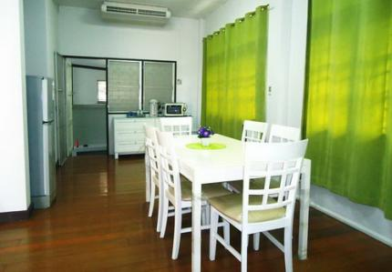 Baan White And Green Huahin