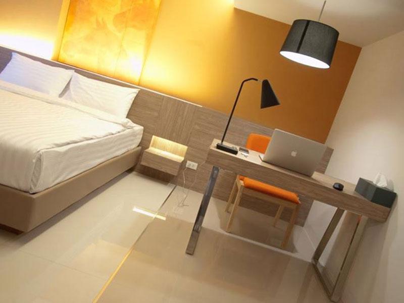 Abizz Z Hotel