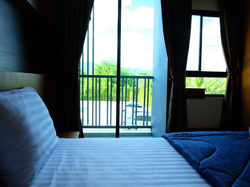 The De Hotel