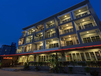 Krabi Inn and Omm Hotel