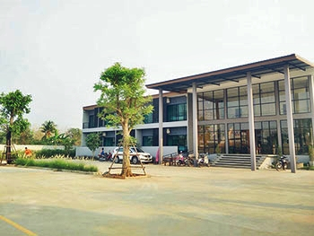 Bedhub Hotel X Cafe Phichit