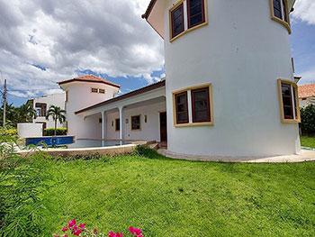 Famoso Pool Villa Hua Hin