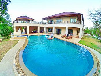 Paolo Pool Villa