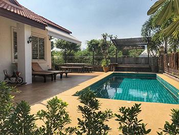 Sabaidee Pool Villa