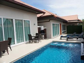 Villa De Nana Pattaya