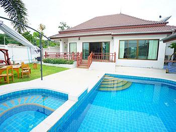 Saenngam Pool Villa