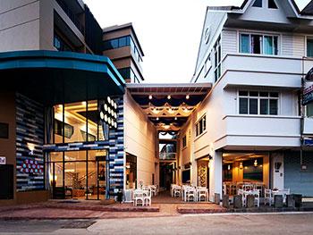 The Blue Pearl Kata Hotel