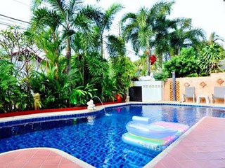 Sra Suan Pool Villa Pattaya
